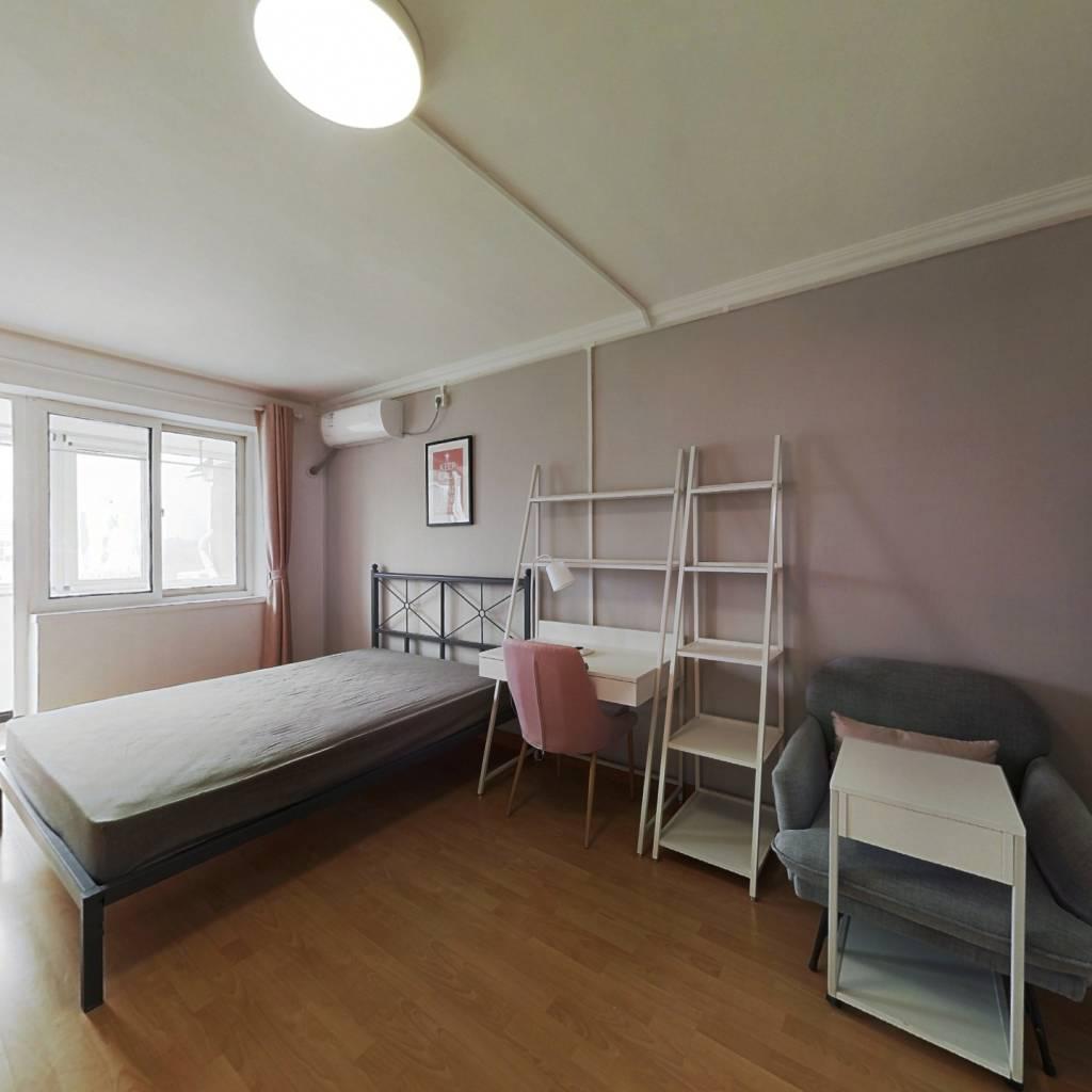 合租·高家园一区 2室1厅 东南卧室图