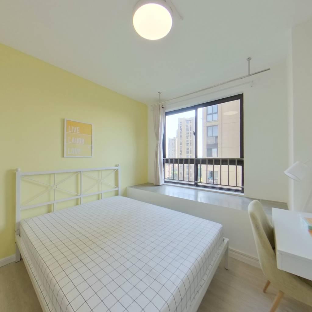 合租·翔和雅苑 3室1厅 西卧室图