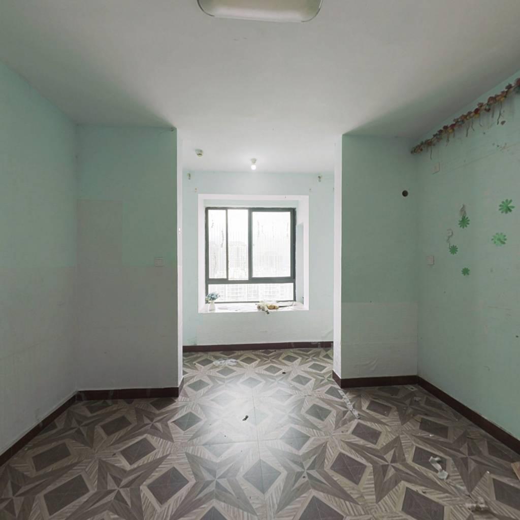 凯隆 单身公寓 总价低 45万 采光好