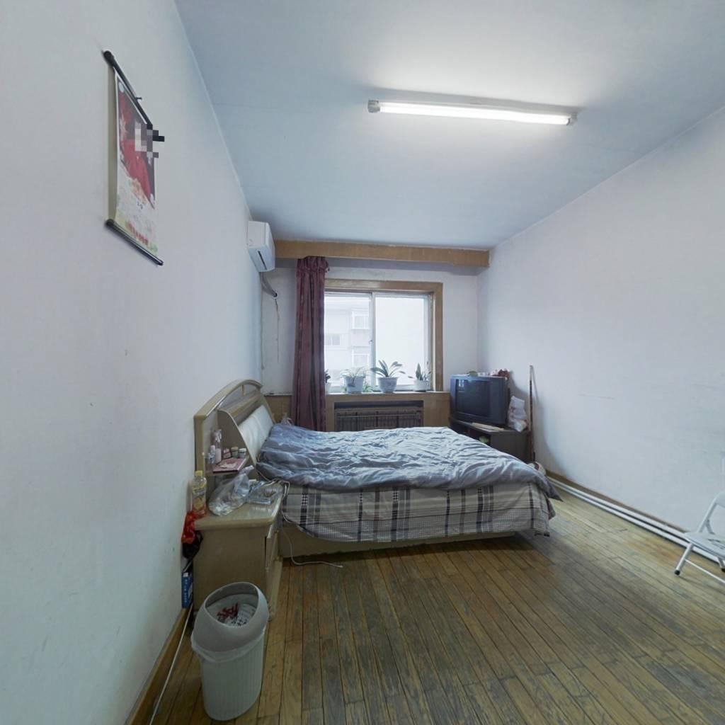 新乐遗址地铁口 龙山路小区 两室一厅出售