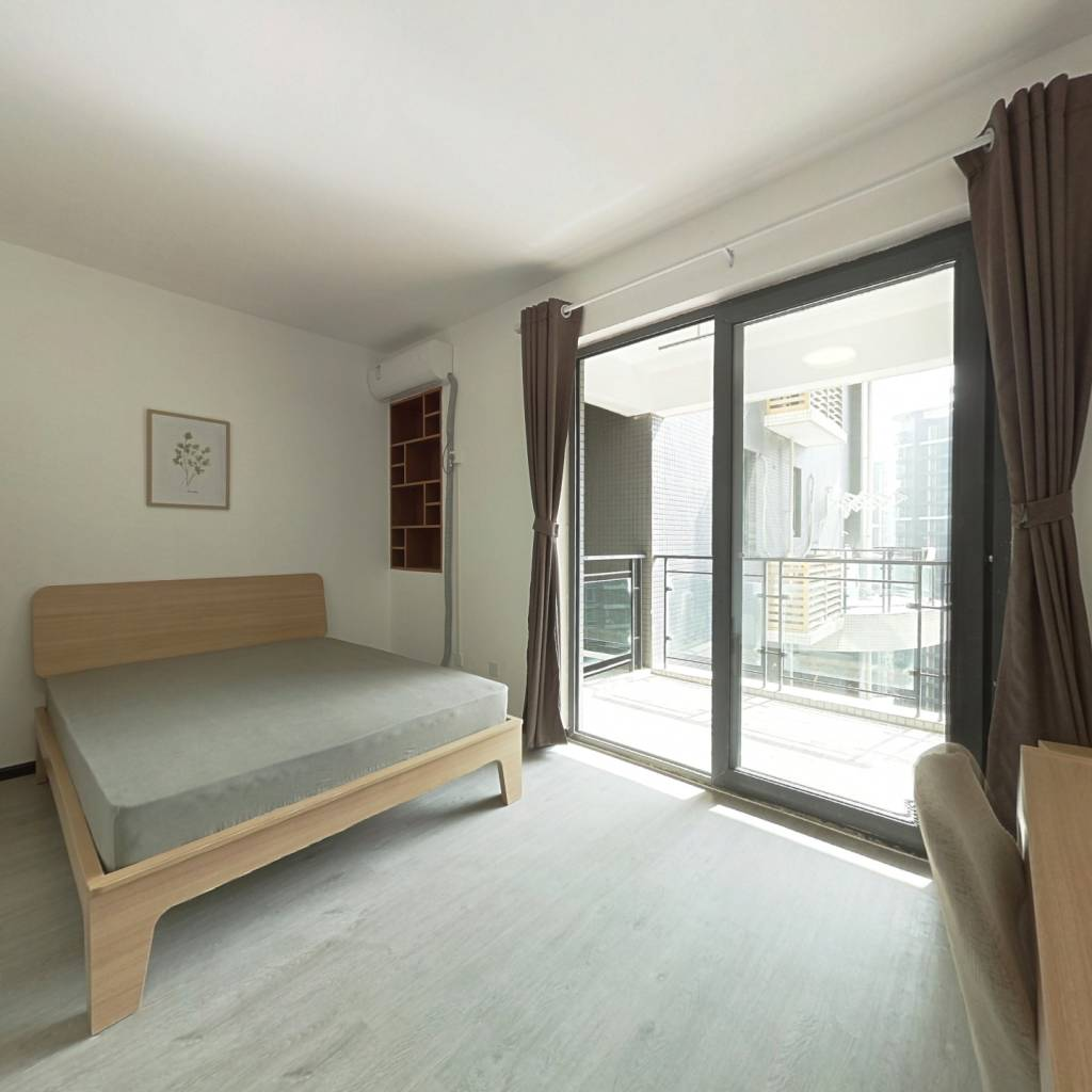合租·浅水半岛二期 4室1厅 西卧室图