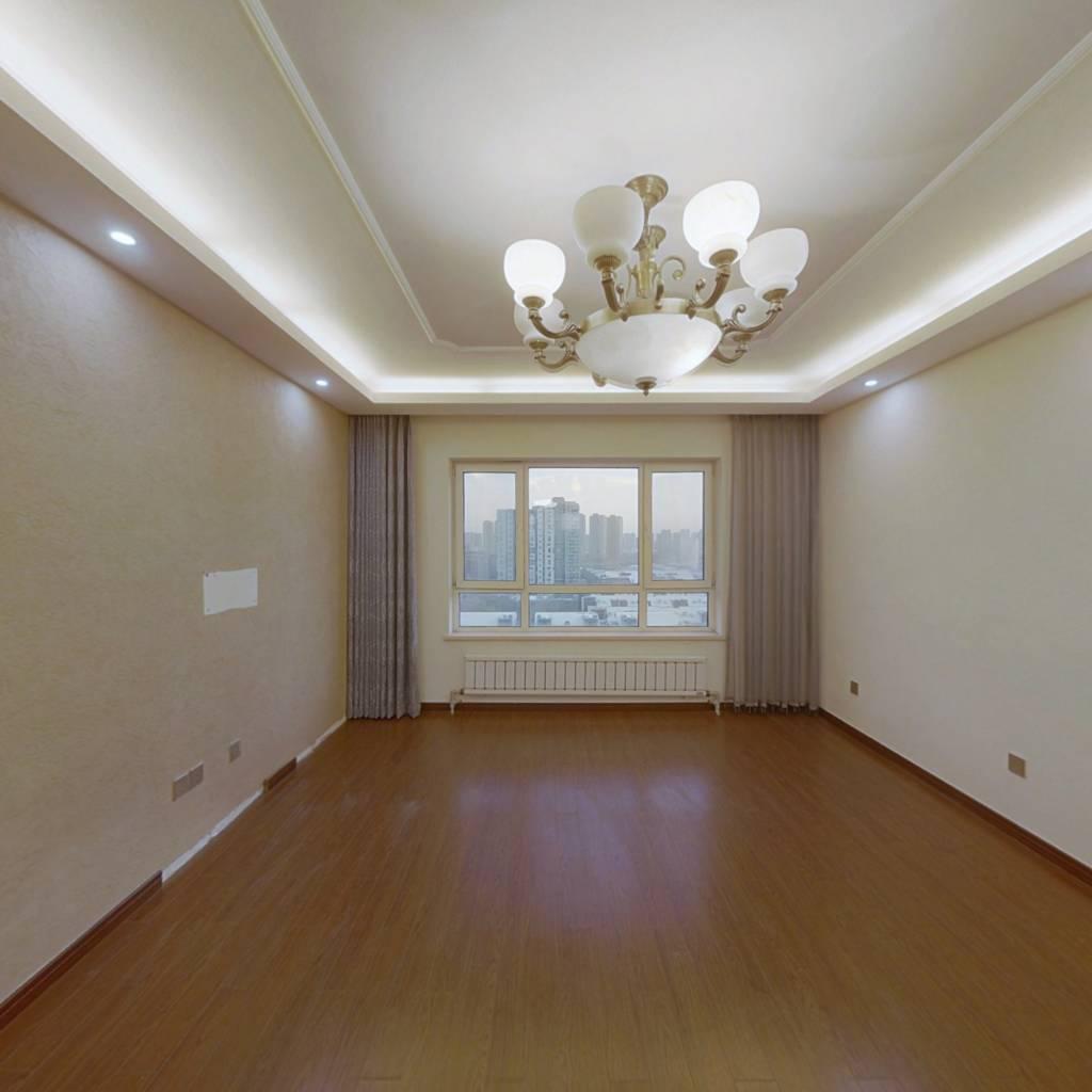 万科新榆公馆 四室 大户型,电梯小高层精装看房方便