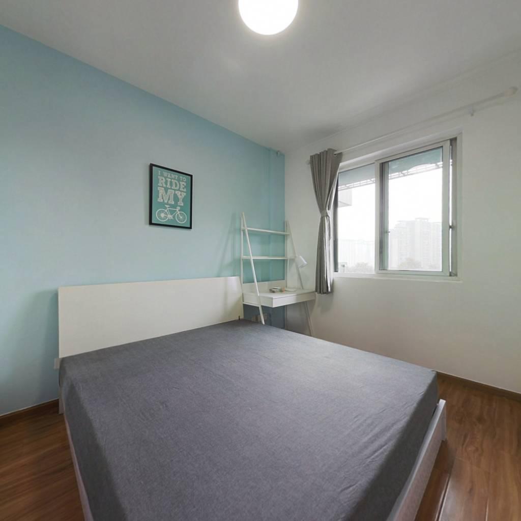 合租·金地嘉年华城B区 4室1厅 东卧室图