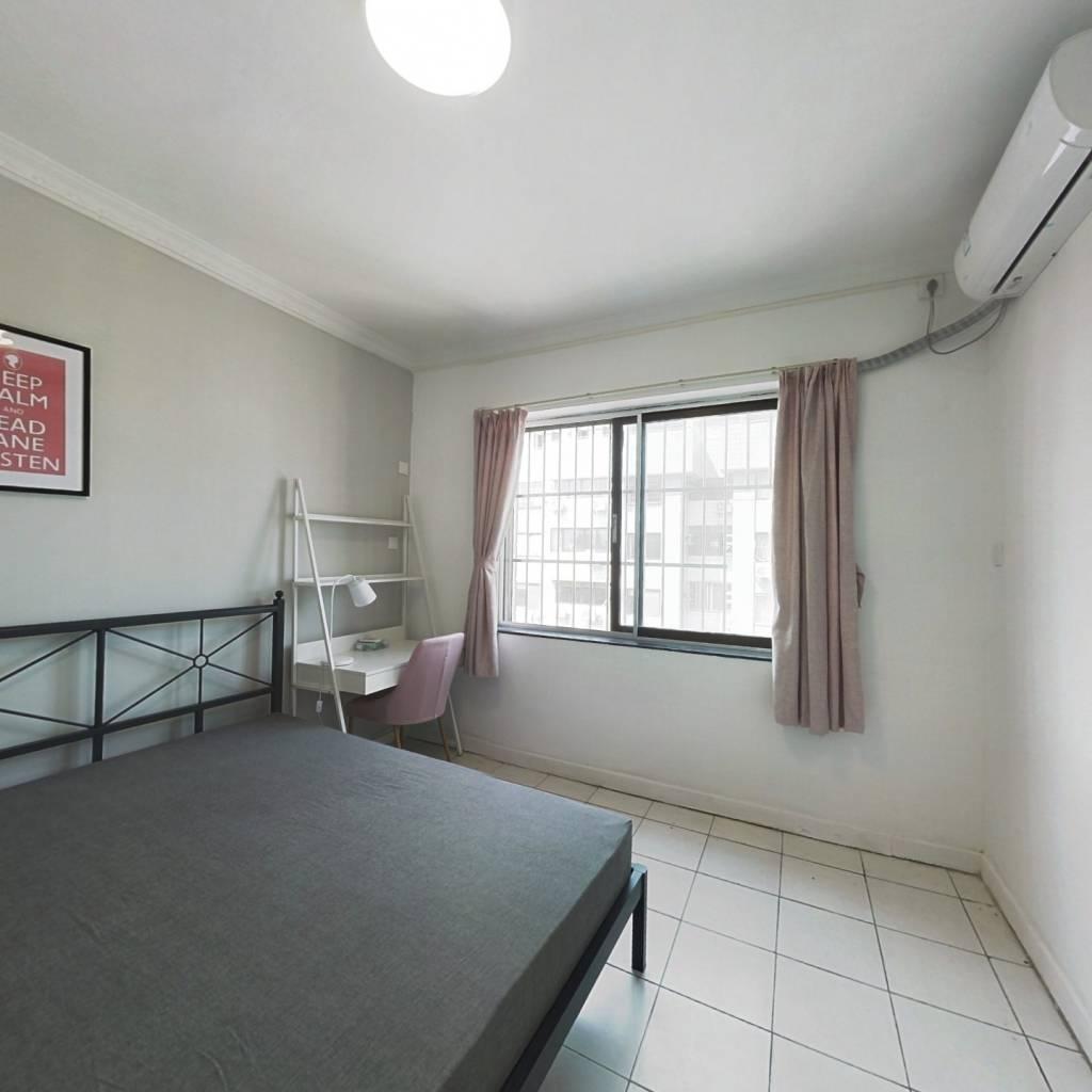 合租·丽晶大厦 3室1厅 北卧室图