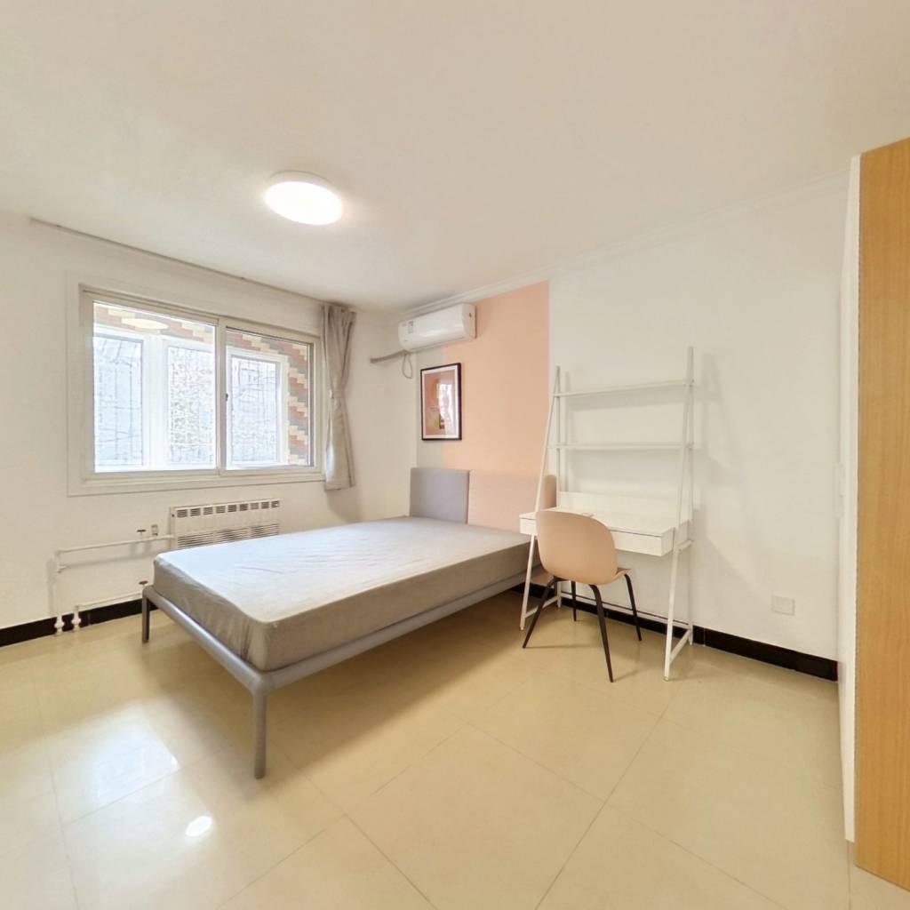 合租·西马金润二区 3室1厅 北卧室图