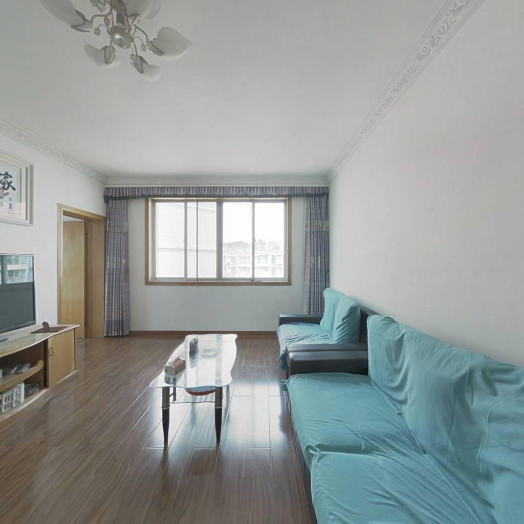 万江新区2室2厅1卫精装拎包入住房