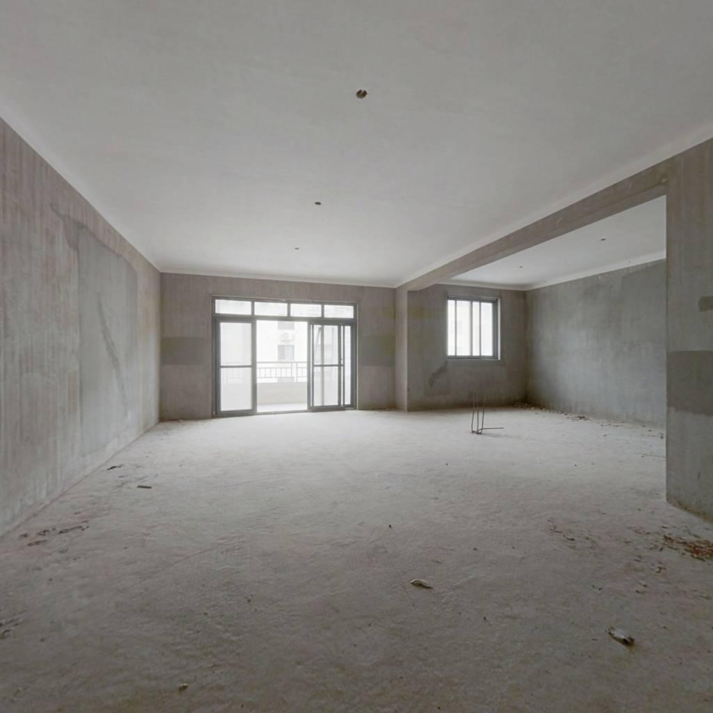 南昌五中旁,稀有三层复式,总高五楼,诚意出售