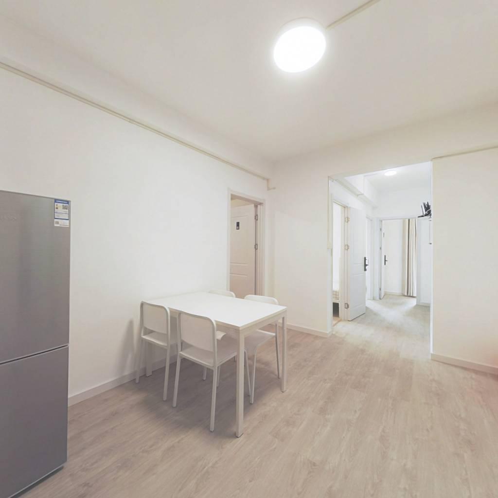 合租·统建新干线 4室1厅 东卧室图
