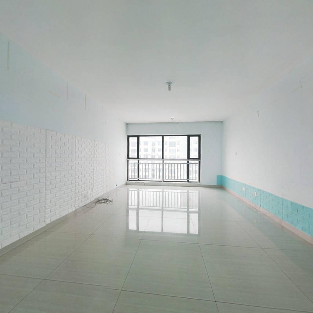 杏坛中 心城 两室朝阳 客厅朝阳 动静分离 有证带配房