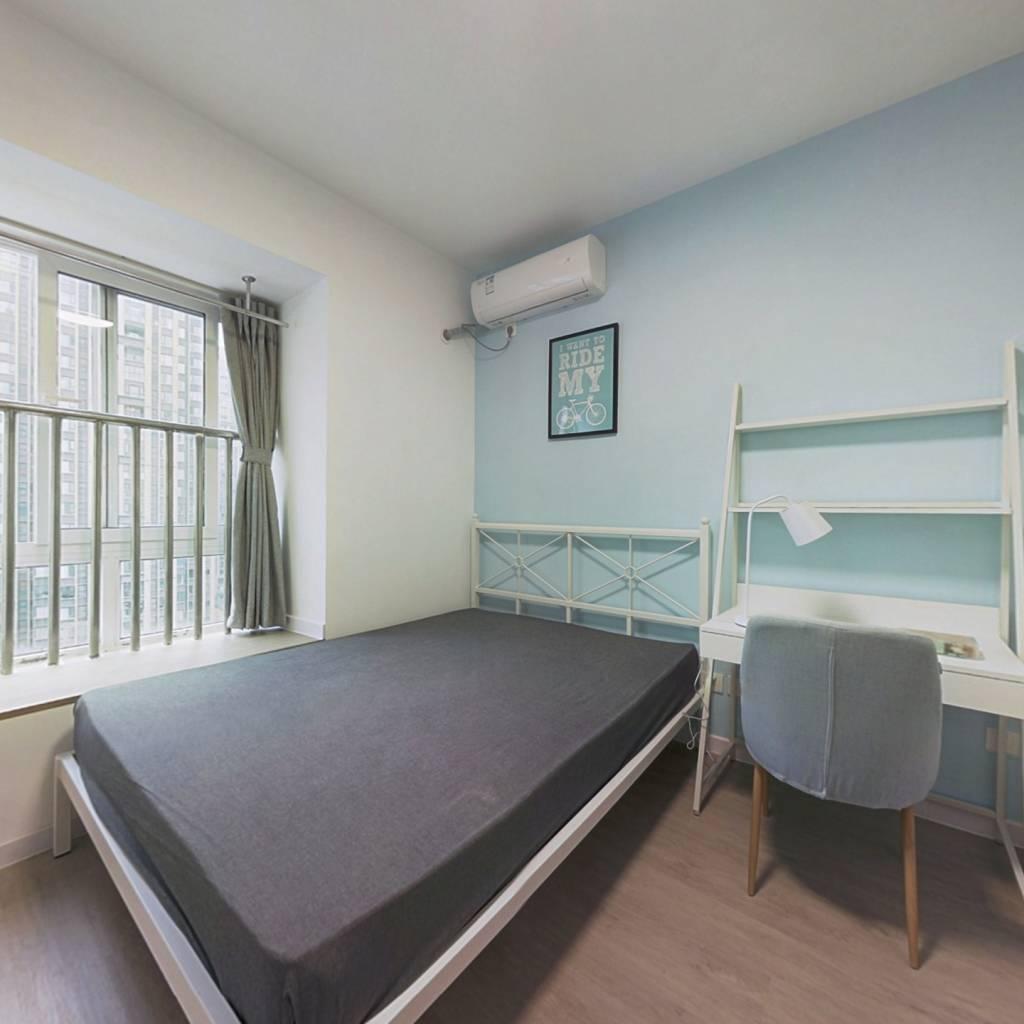 合租·万达锦华城 4室1厅 西南卧室图