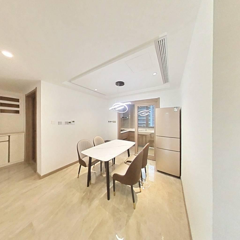 合租·阳光城未来悦MAX 5室1厅 南卧室图