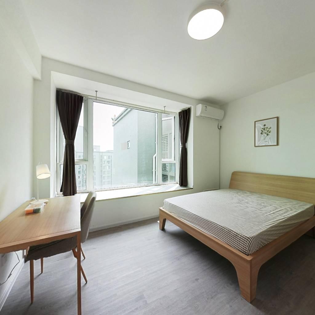 合租·锦东庭园 4室1厅 西卧室图