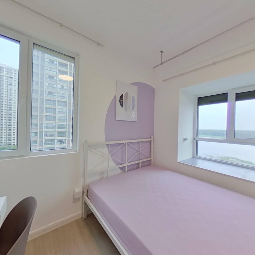 合租·威尼斯水城第十六街区 4室1厅 东卧室图