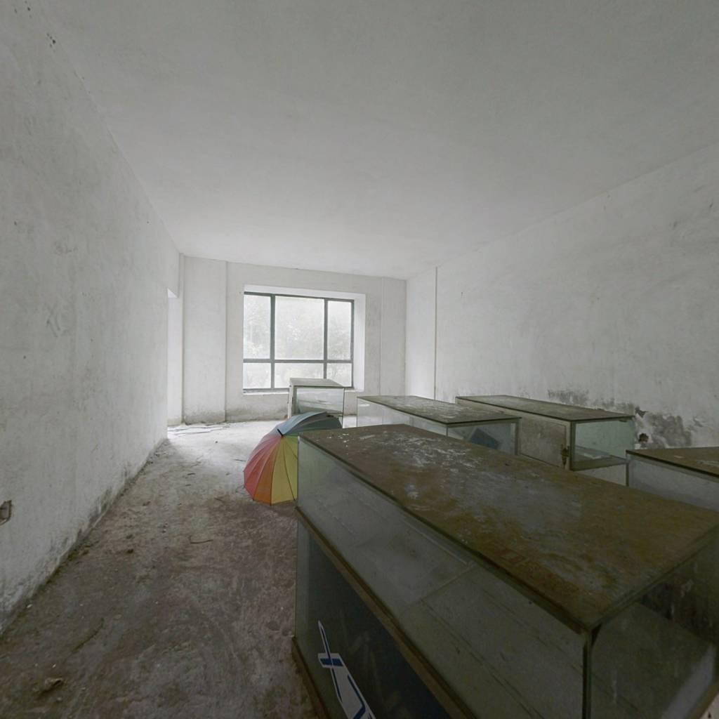 金碧丽江135平毛坯4室 满二年南北向 仅售100万