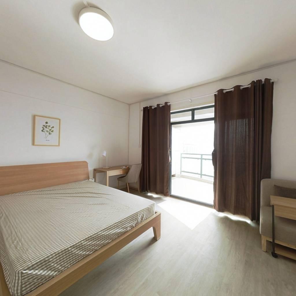 合租·东一时区 4室1厅 西卧室图
