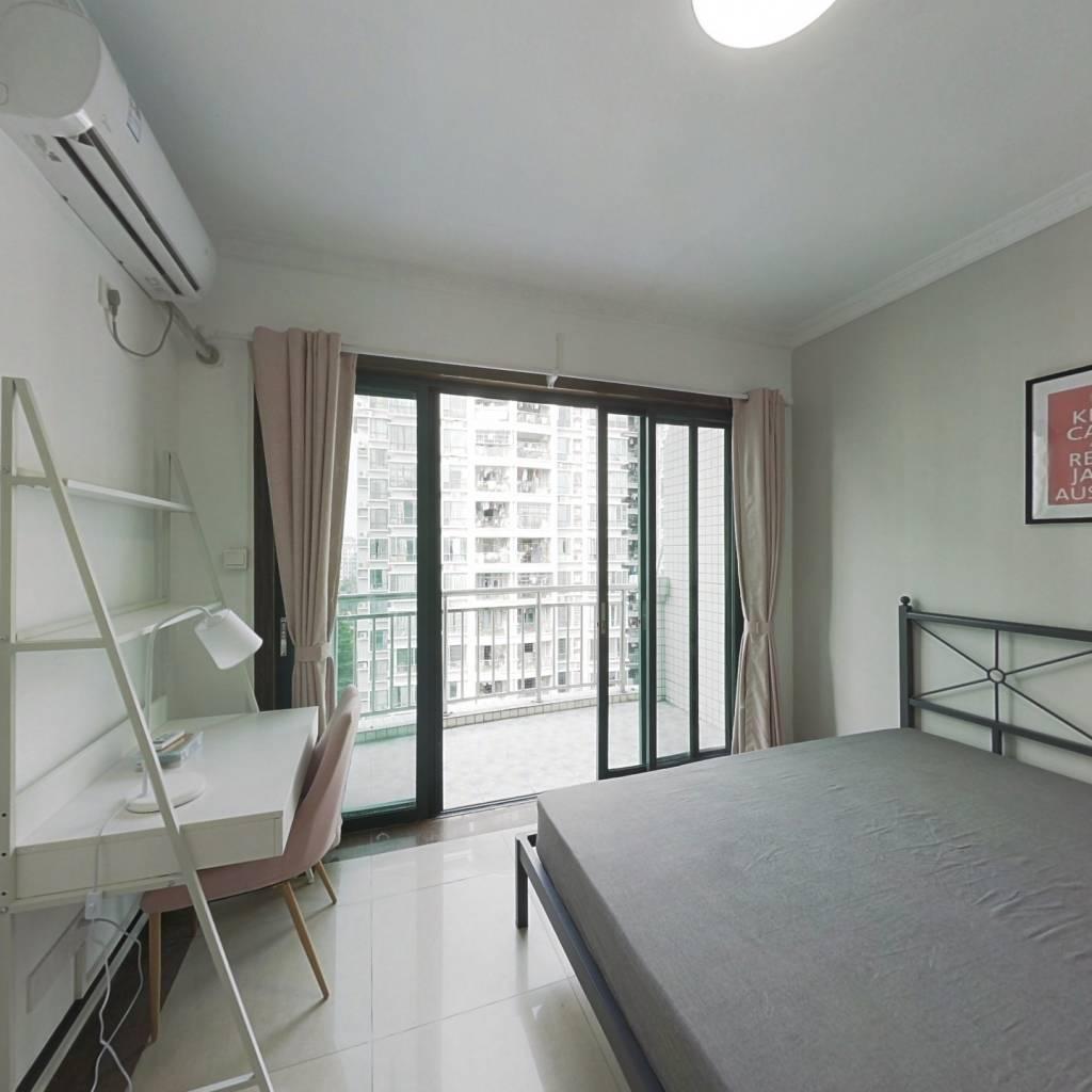 合租·金碧新城 4室1厅 北卧室图