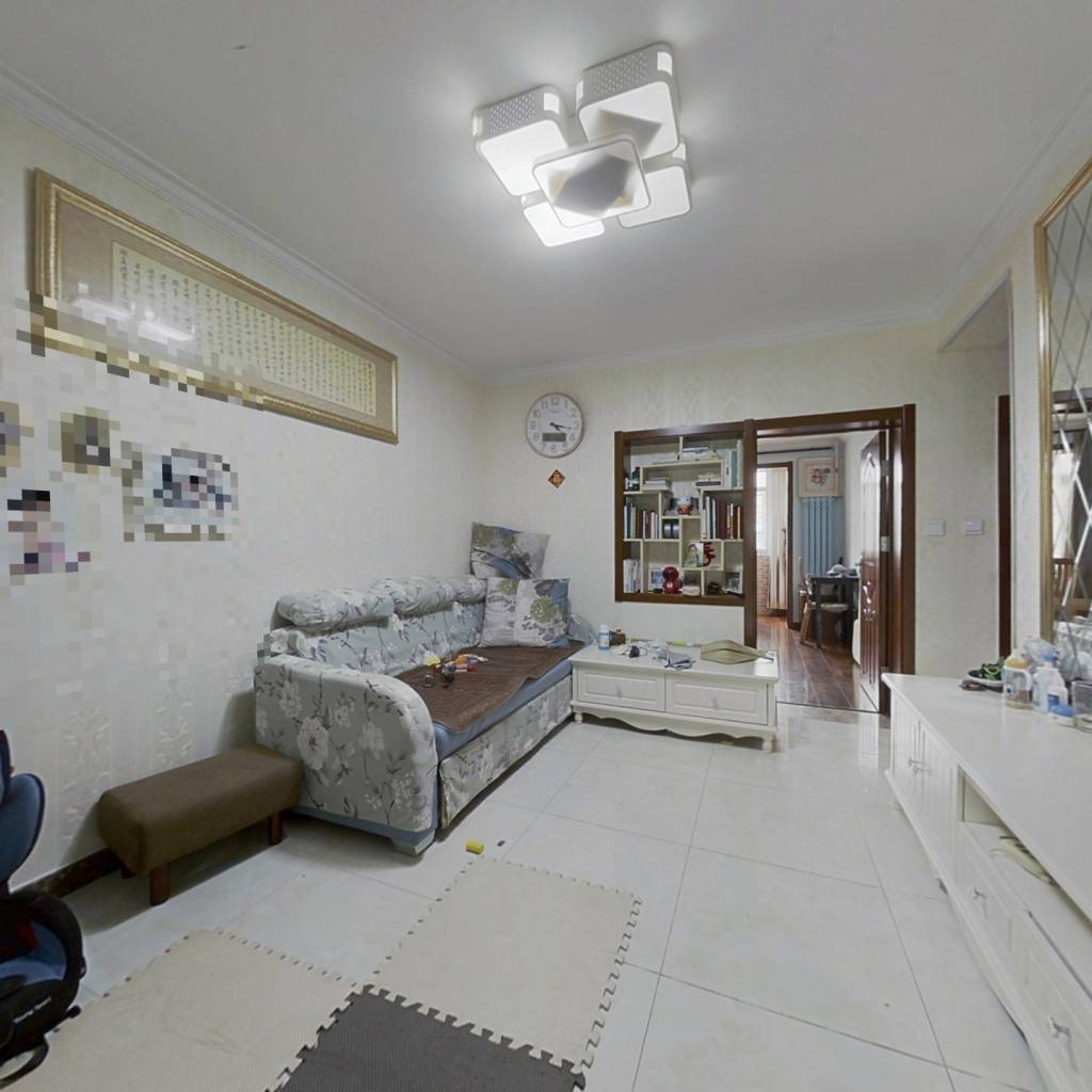 大钟寺 皂君庙 双南向两居室 两室两厅 中间层精装