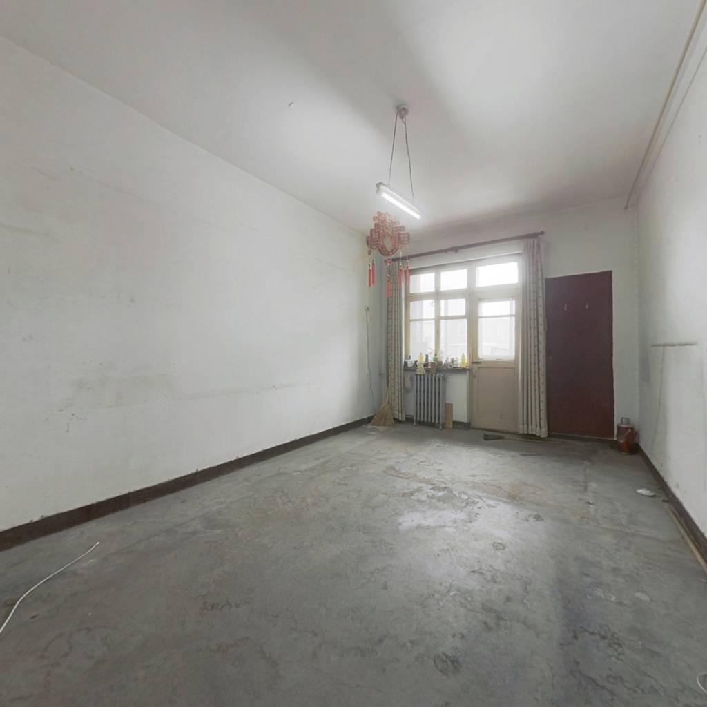 满五年央产房,南北通透,中间楼层,有钥匙,看房方便