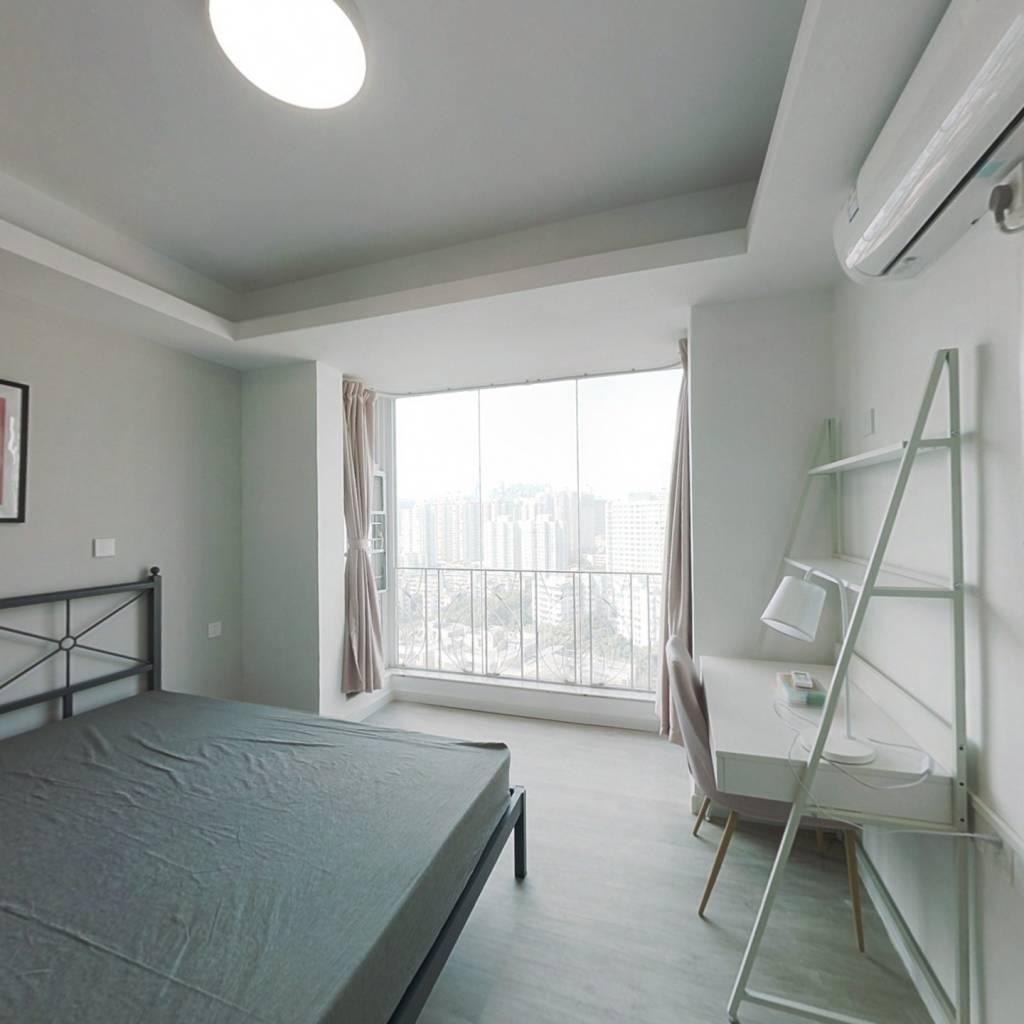 合租·天誉华庭 4室1厅 西卧室图