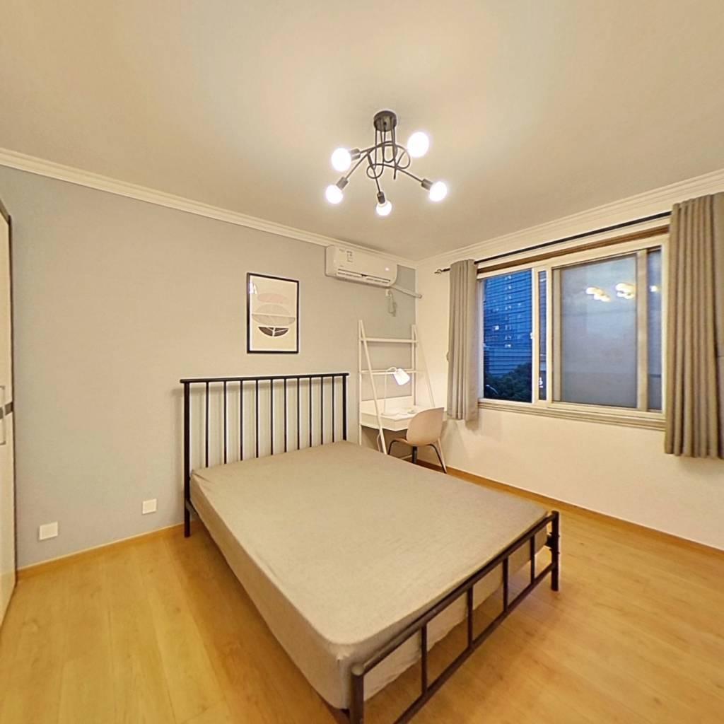 合租·海联花苑 3室1厅 南卧室图