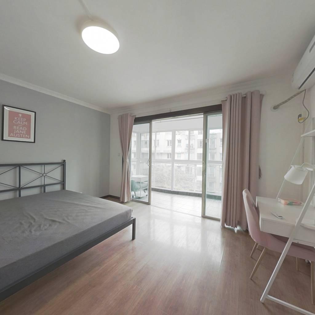 合租·黄埔鑫园 4室1厅 南卧室图