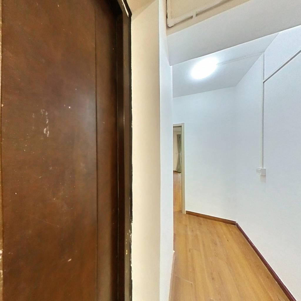 合租·新中宇维萨 5室1厅 北卧室图