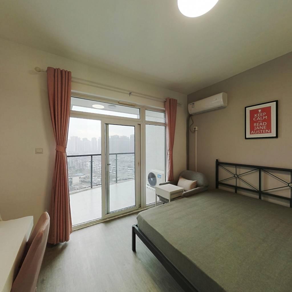 合租·水岸华庭 3室1厅 西南卧室图