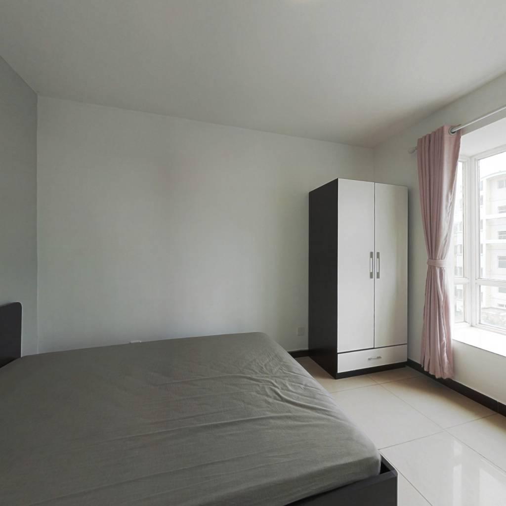 合租·朱辛庄南区 4室1厅 南卧室图