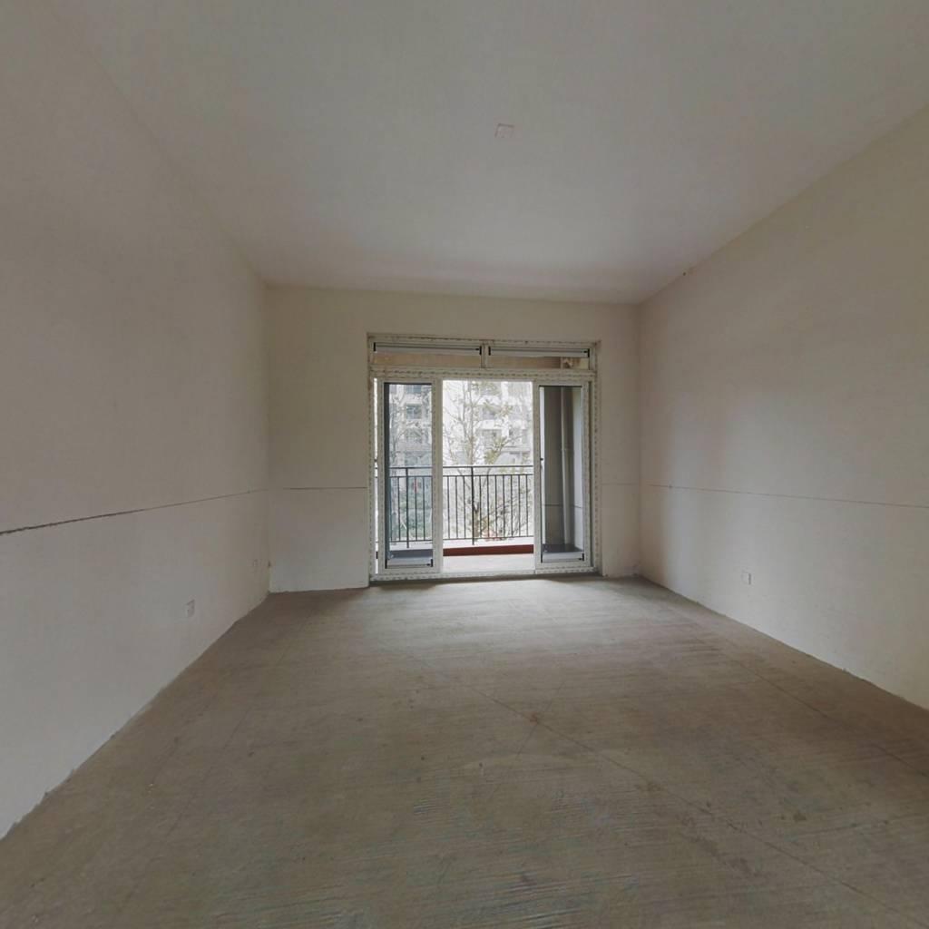 巴滨路正规三房,板式结构,户型通透,半面积计算多