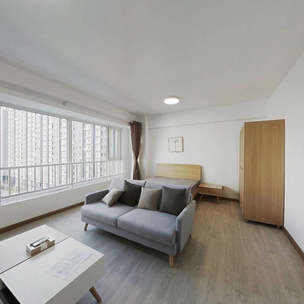 整租·长城国际 1室1厅 东卧室图