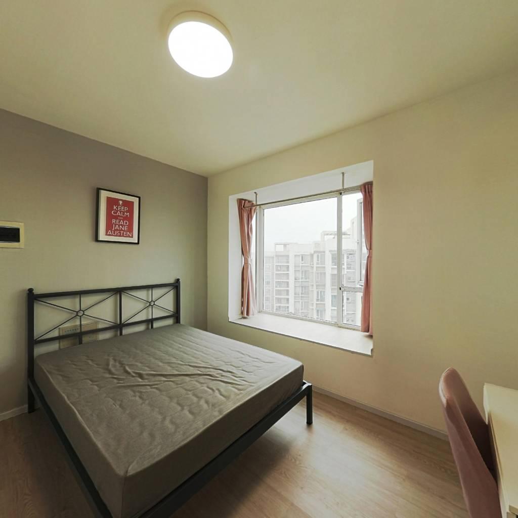 合租·清水路苑 4室1厅 东卧室图