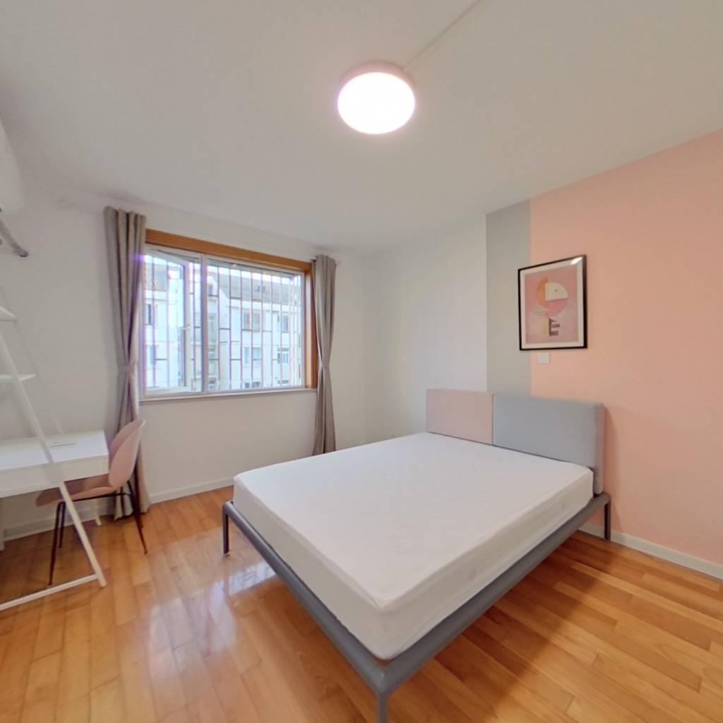 合租·顺馨佳园 3室1厅 南卧室图