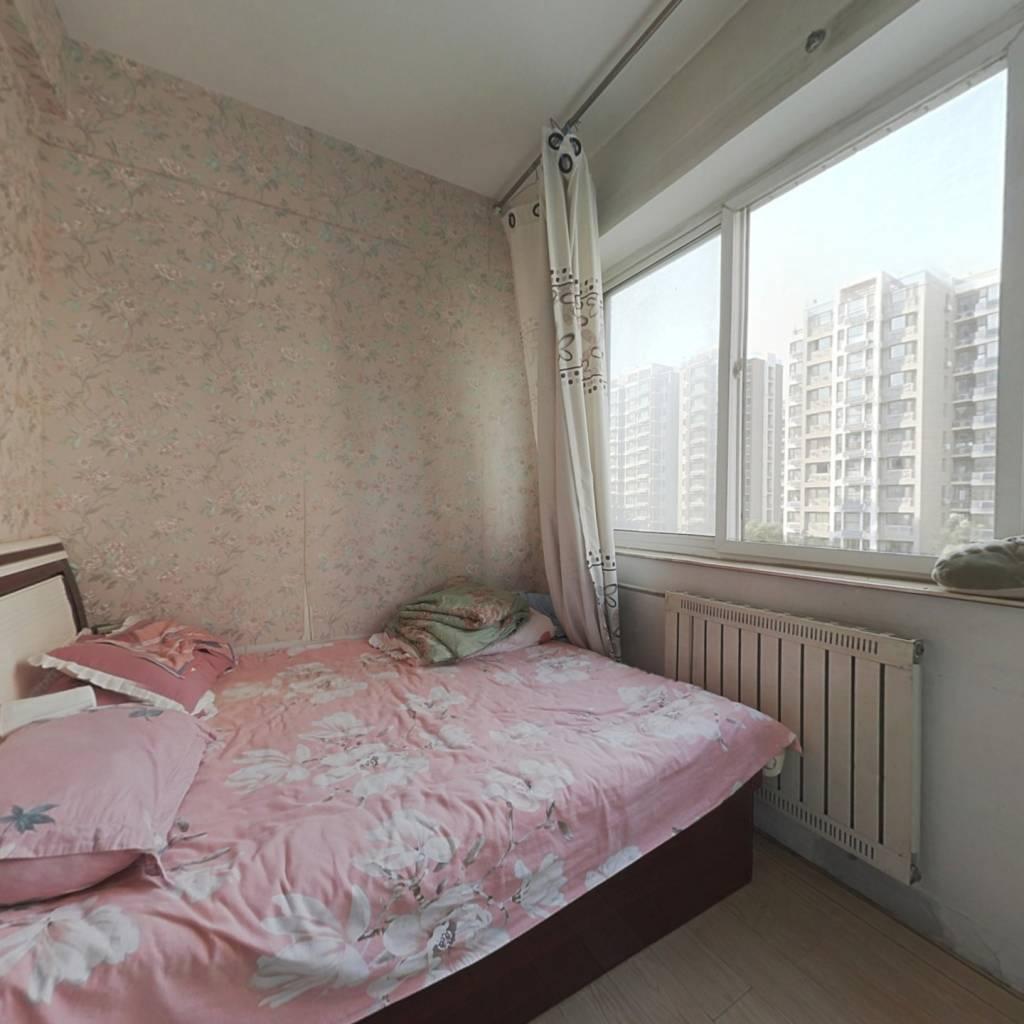 香港国际,户型好,房主诚心出售