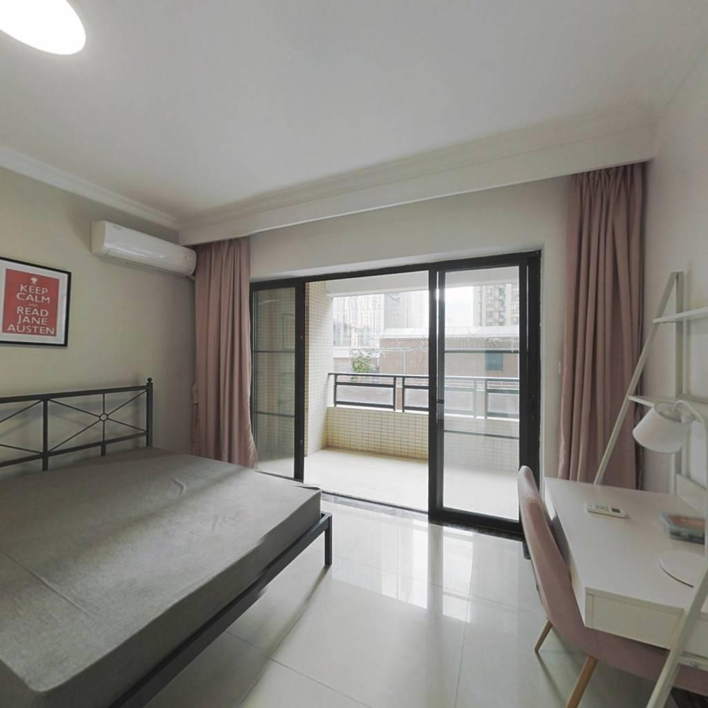 合租·富力东山新天地 5室1厅 南卧室图