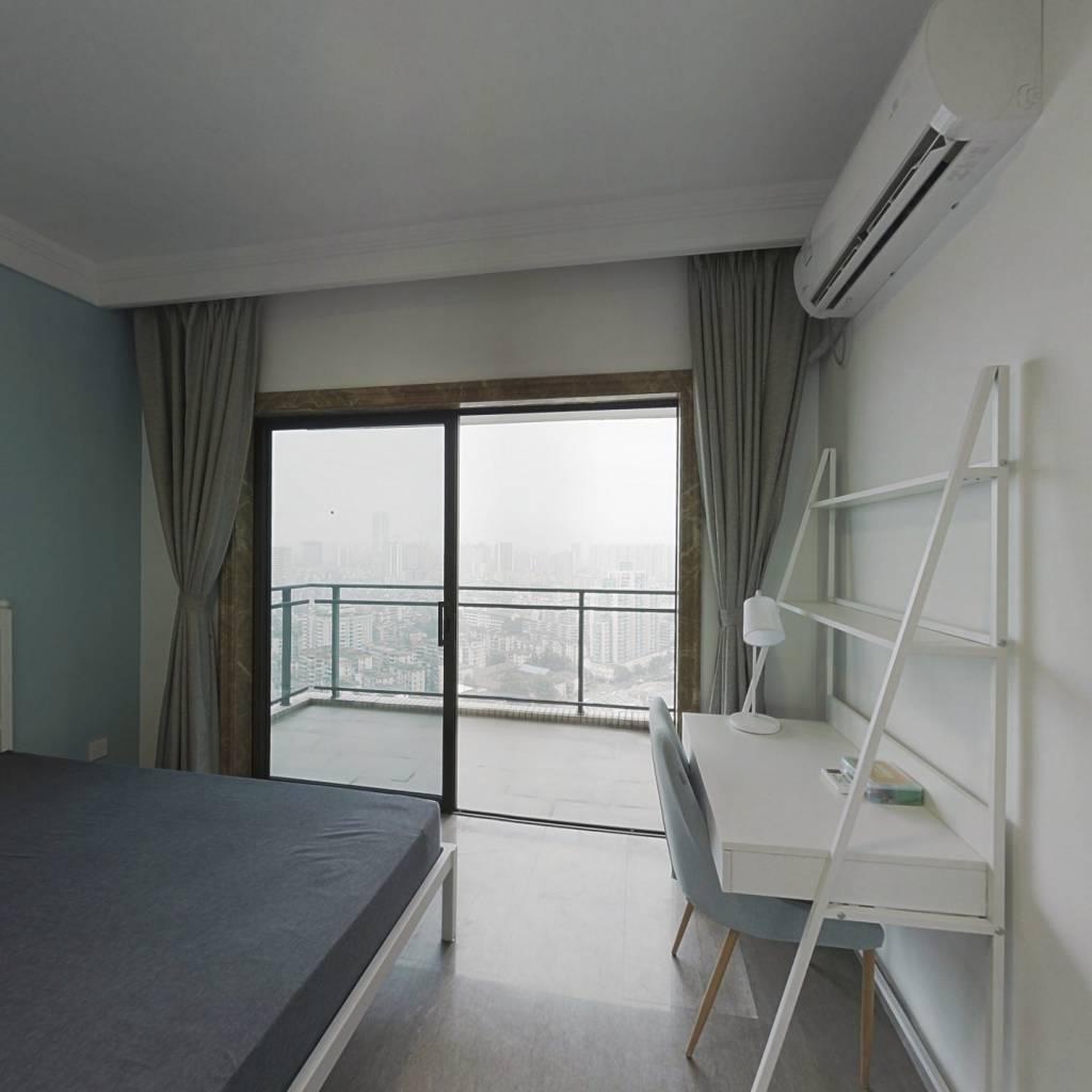 合租·中海橡园国际 4室1厅 东卧室图