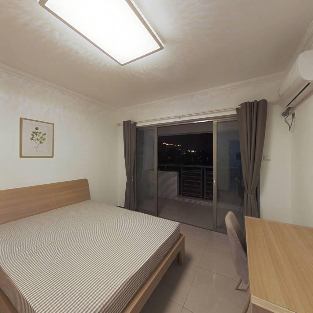 合租·光大花园和榕风景 4室1厅 北卧室图