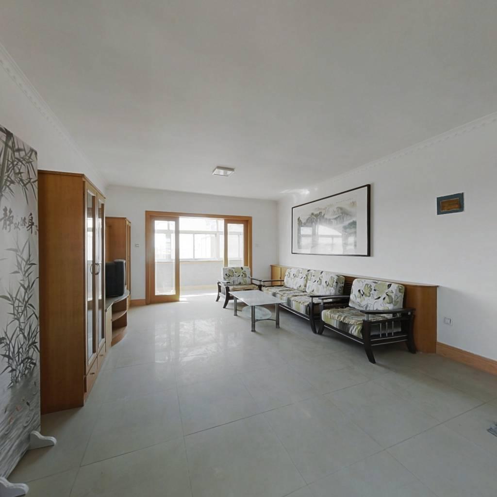 渔港小区5楼115平方米,带阁楼