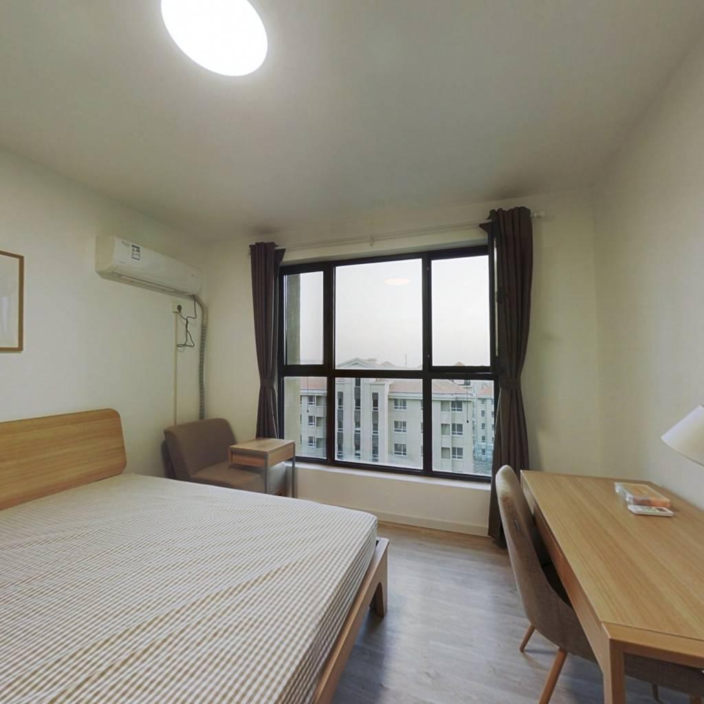 合租·金泰丽湾 3室1厅 北卧室图