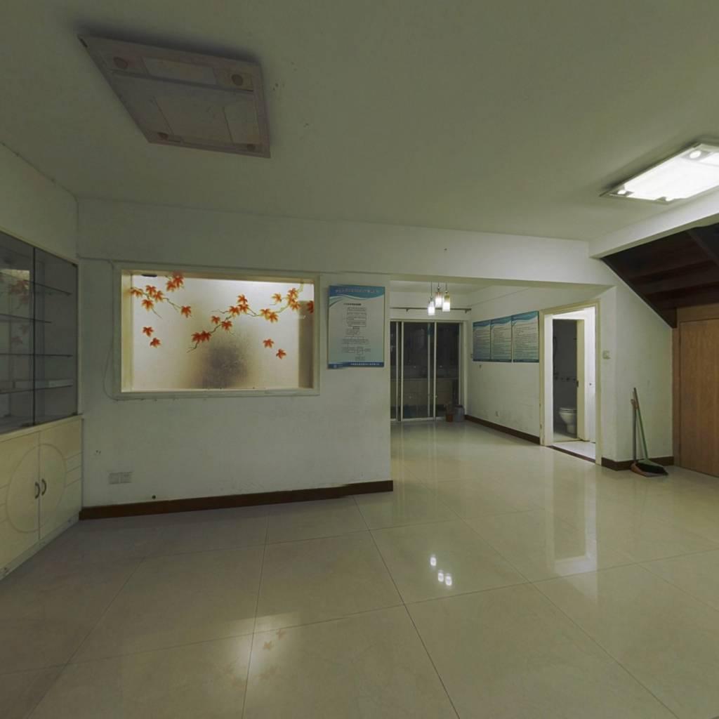 新出:五一广场水部地铁口,电梯高层复式楼