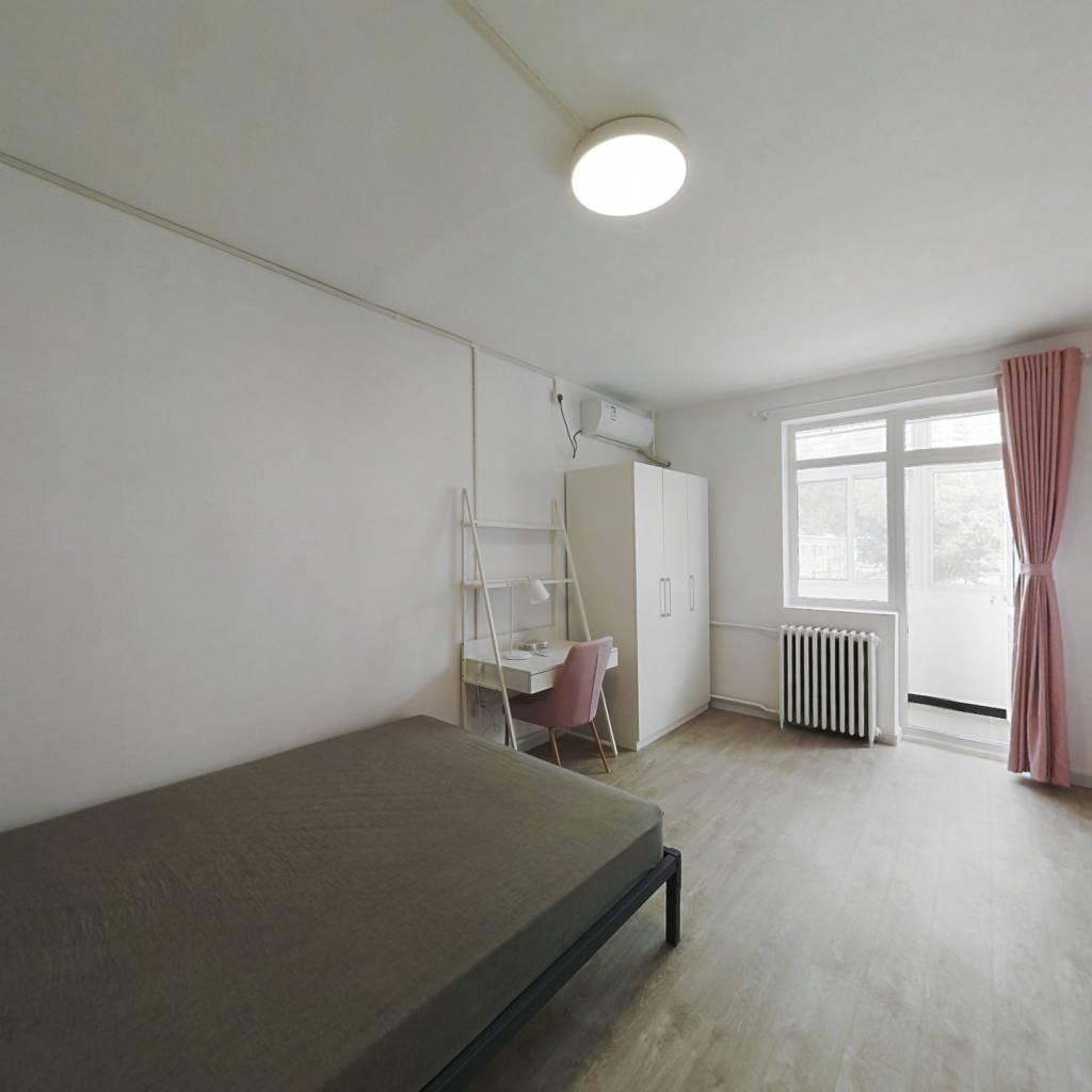 合租·光华里社区 3室1厅 西卧室图