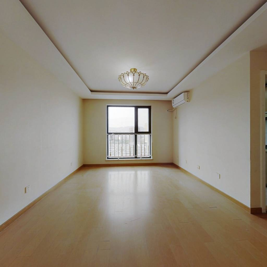 长安街沿线丽景长安小区南北通透两居室
