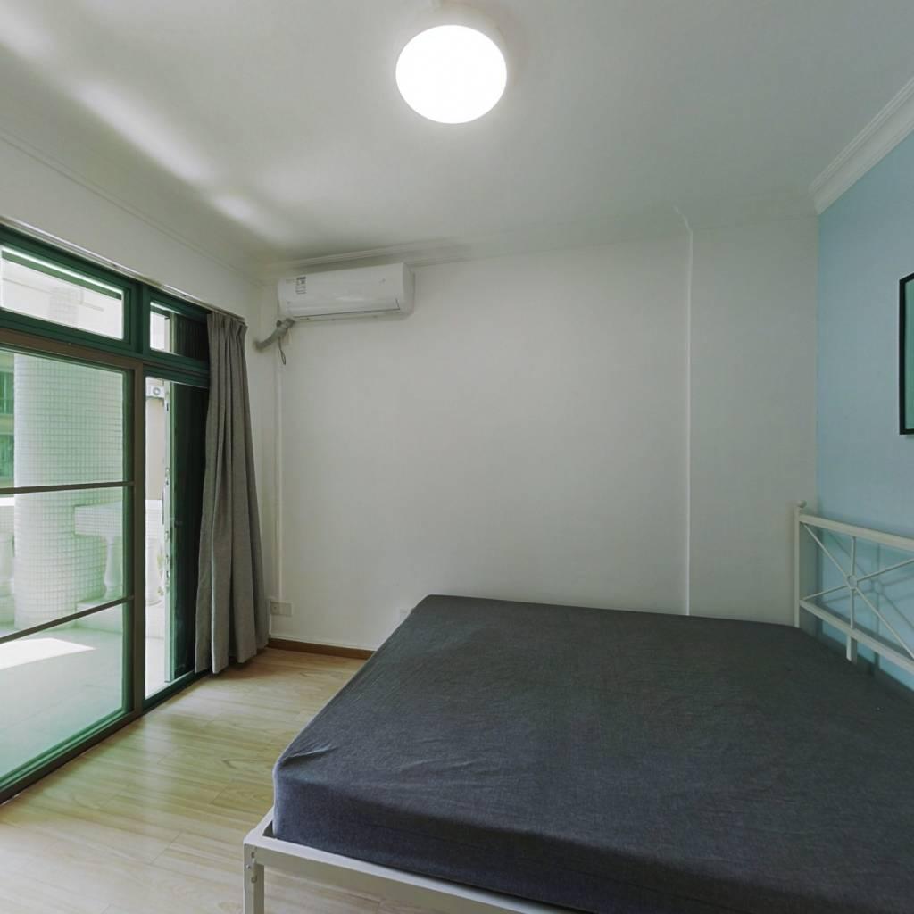 合租·云景花园云桦苑 4室1厅 东南卧室图