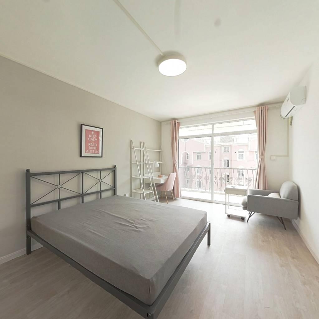 合租·明佳苑 3室1厅 南卧室图