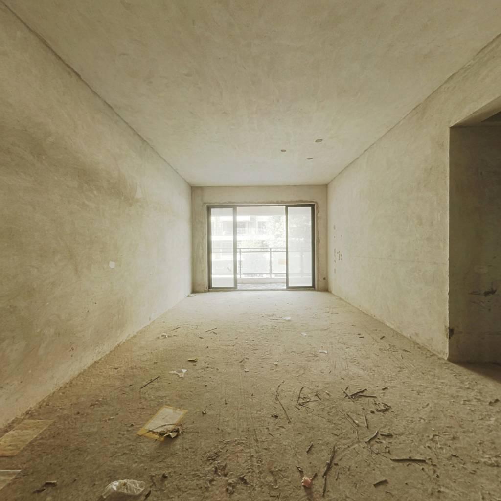 百合雅居大三房 户型方正 采光充足