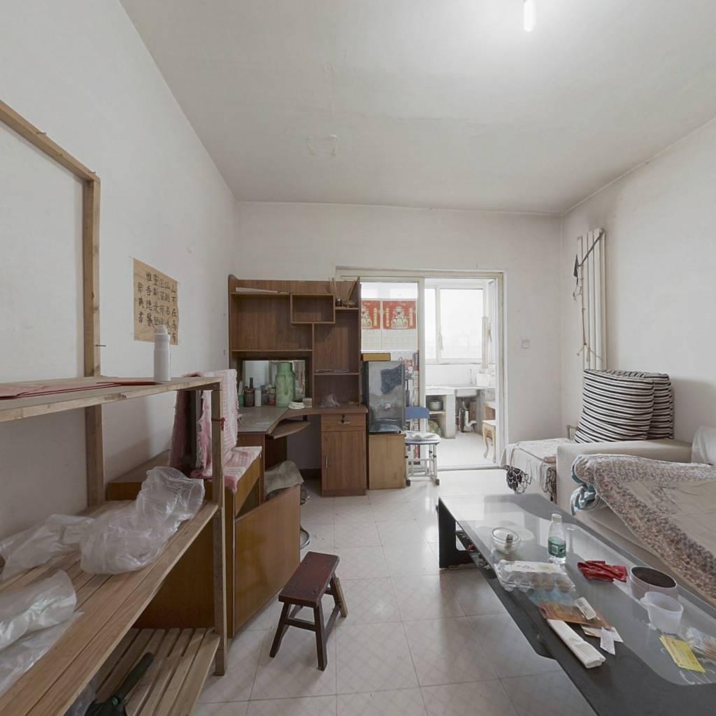 翡翠城 1室1厅 北