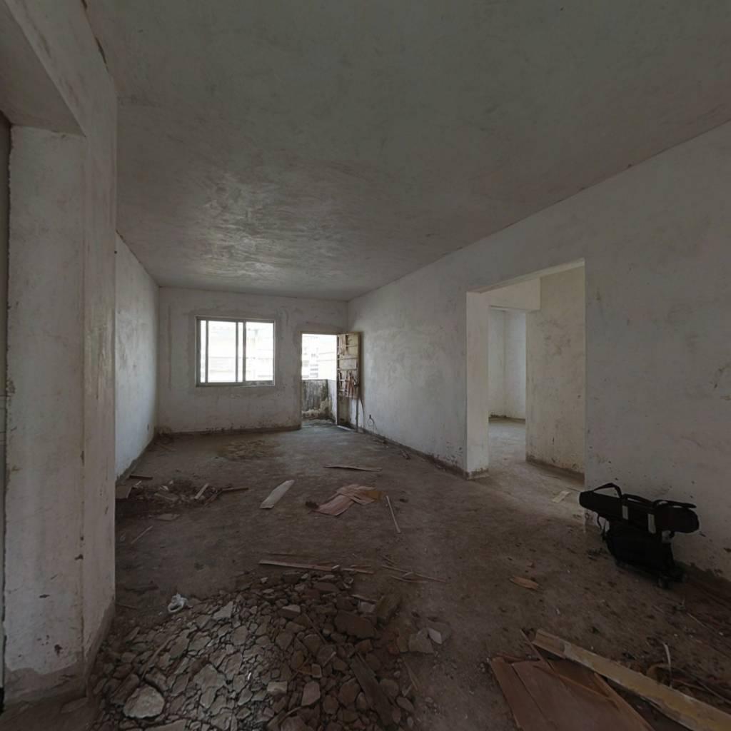 福泰花园 3室2厅 北