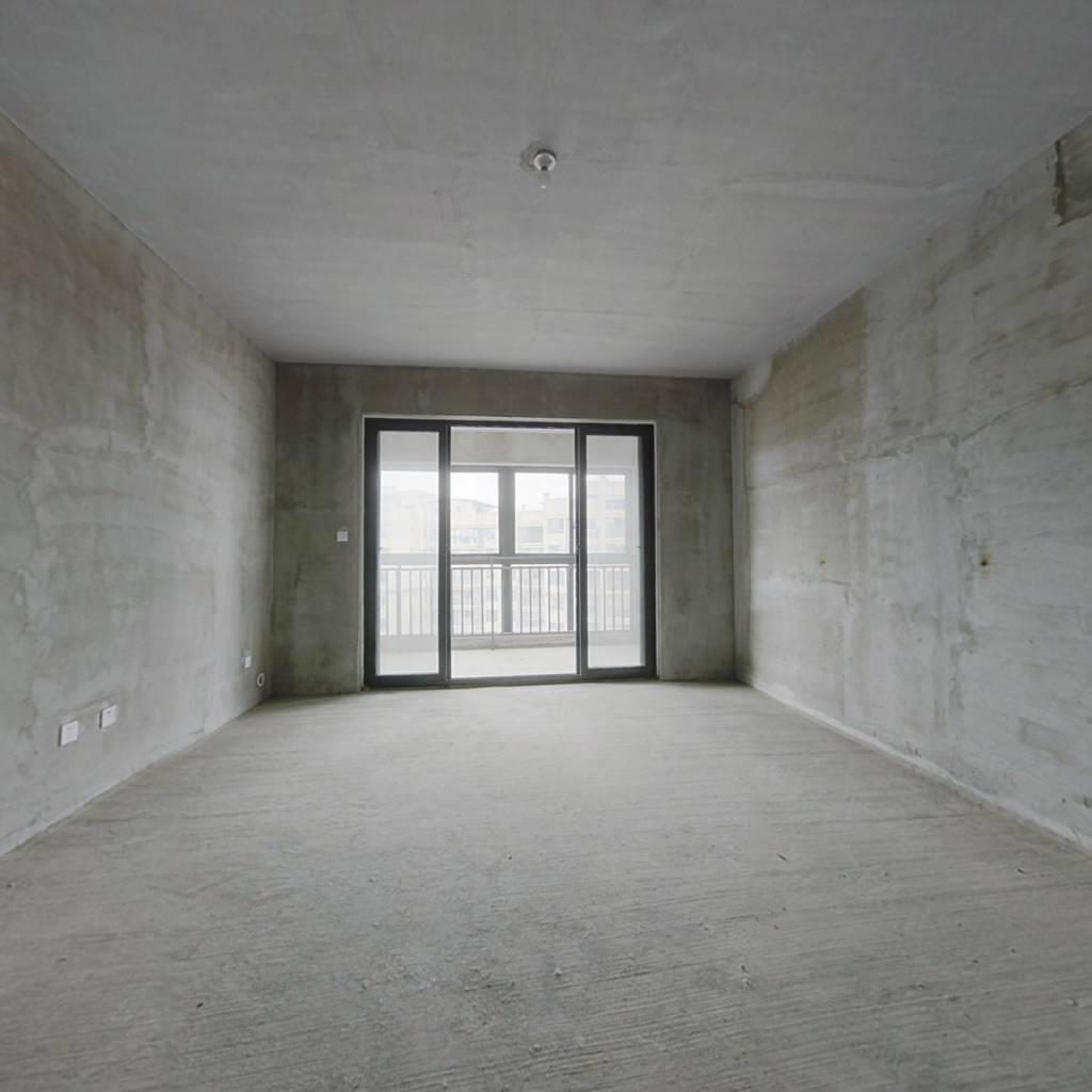 五个房间 青白江主城区环境优雅属于你的一个家,