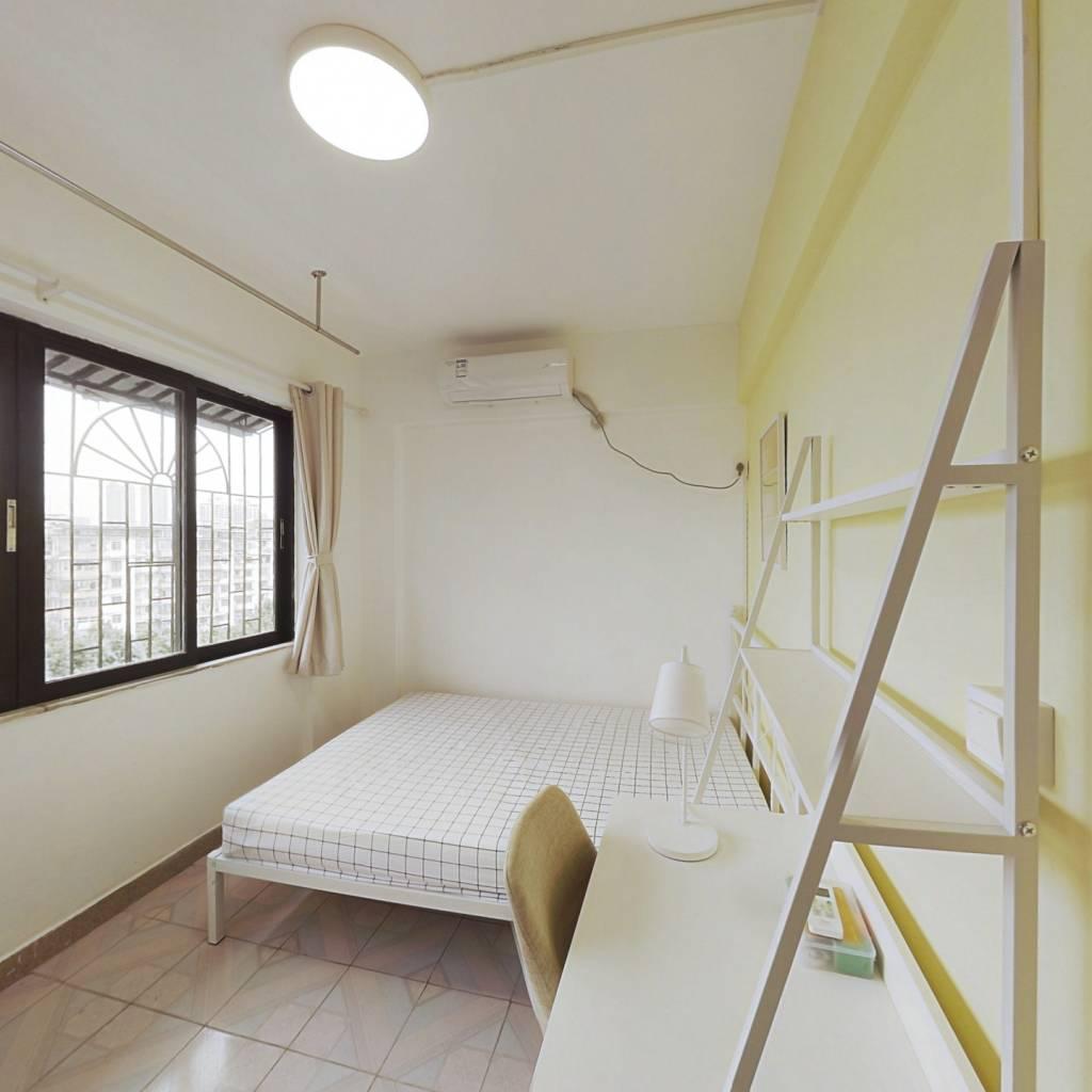 合租·穗花新村 3室1厅 东卧室图
