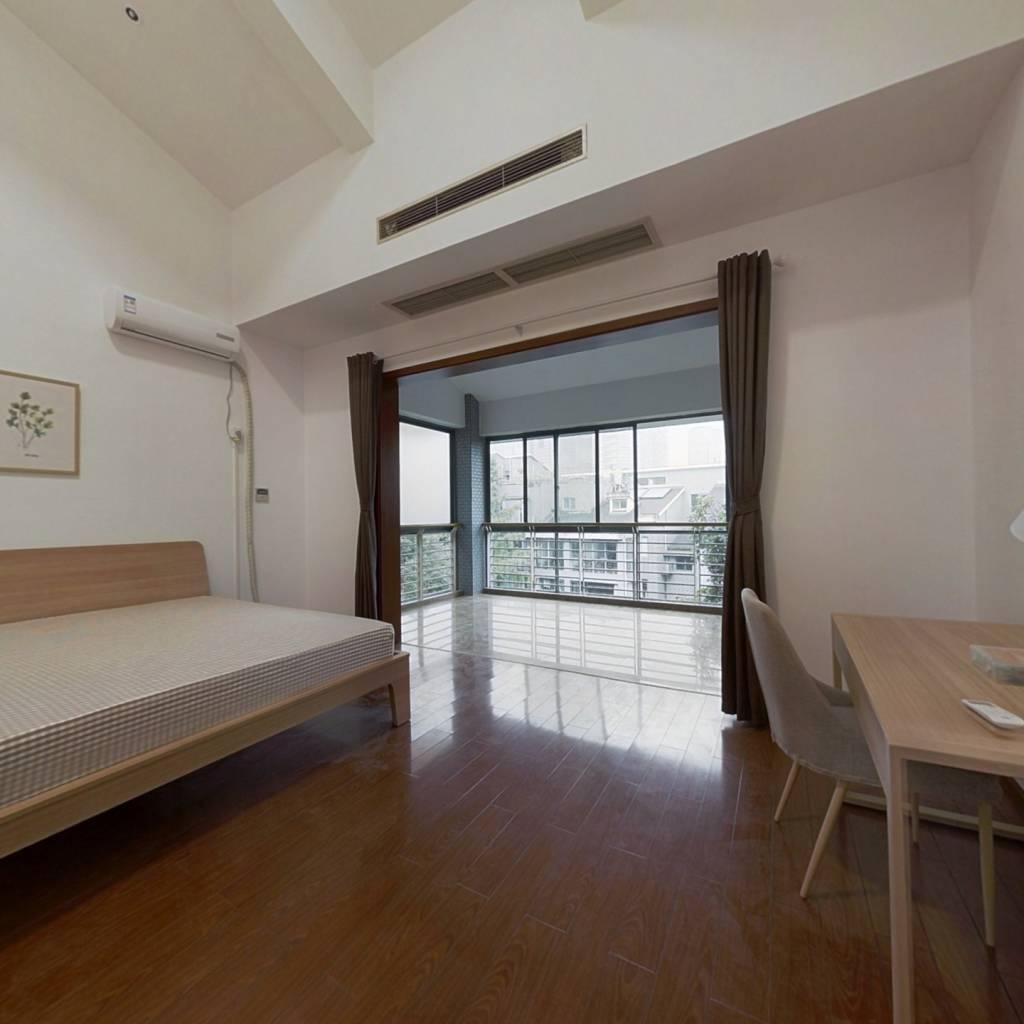合租·融城理想 5室1厅 西卧室图