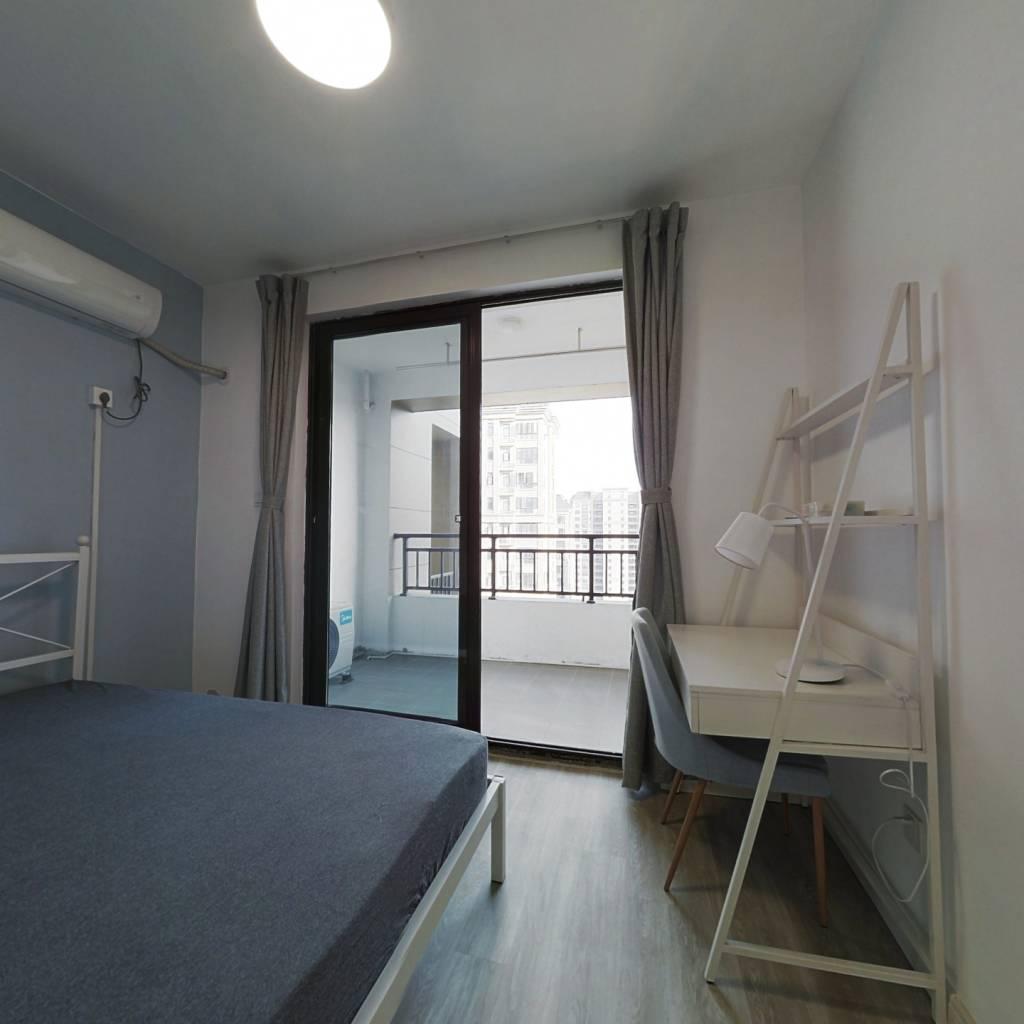 合租·光明尚海湾 4室1厅 南卧室图